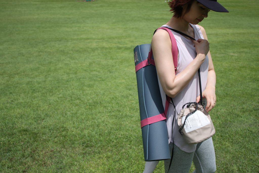 パークヨガに!おでかけに!便利なサイズのクーラーバッグ